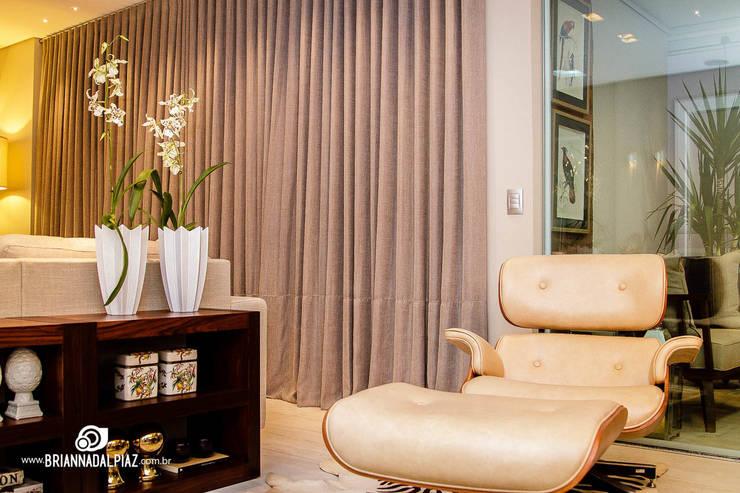 Living - G|A: Sala de estar  por Carolina Fagundes - Arquitetura e Interiores