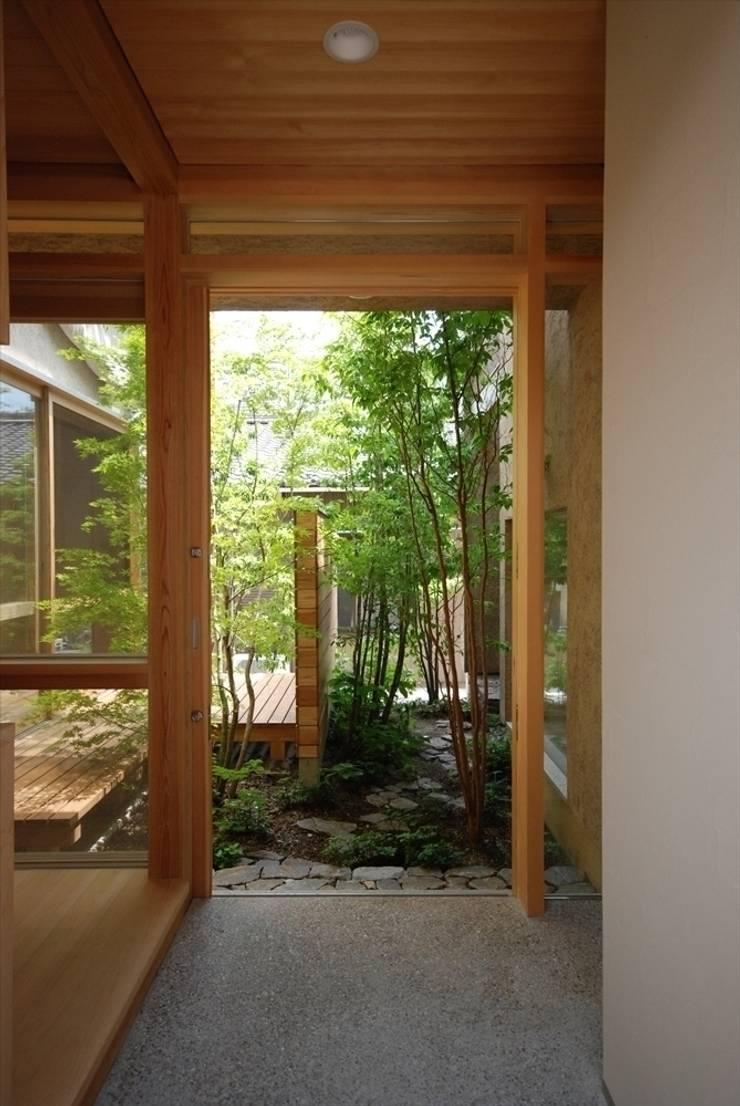 福釜の家: 神谷建築スタジオが手掛けた庭です。,オリジナル