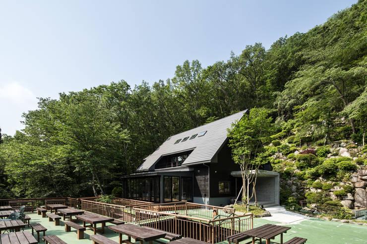 外観: 一級建築士事務所シンクスタジオが手掛けたです。