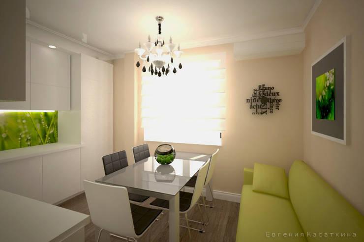 белая кухня с видом на лето: Кухни в . Автор – Kasatkina interior design