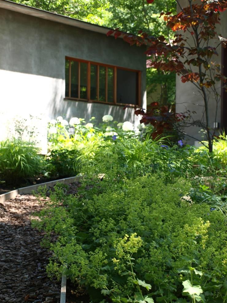 フォレストガーデン: NICO株式会社が手掛けた庭です。
