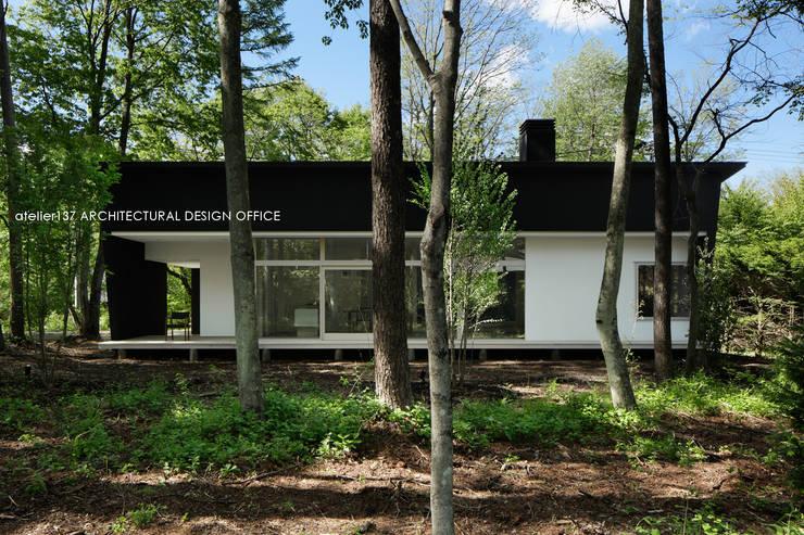 036軽井沢Kさんの家: atelier137 ARCHITECTURAL DESIGN OFFICEが手掛けた家です。