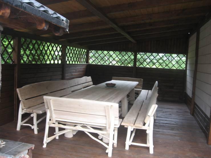 komplet dębowy: styl , w kategorii Ogród zaprojektowany przez Drewnopol