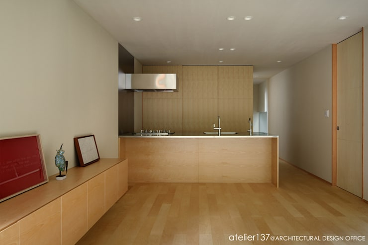 atelier137 ARCHITECTURAL DESIGN OFFICE의  주방