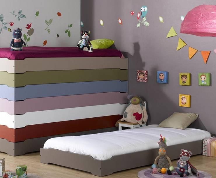 Stapelbare Kinderbetten:  Kinderzimmer von www.monpetit-kinderzimmer.de