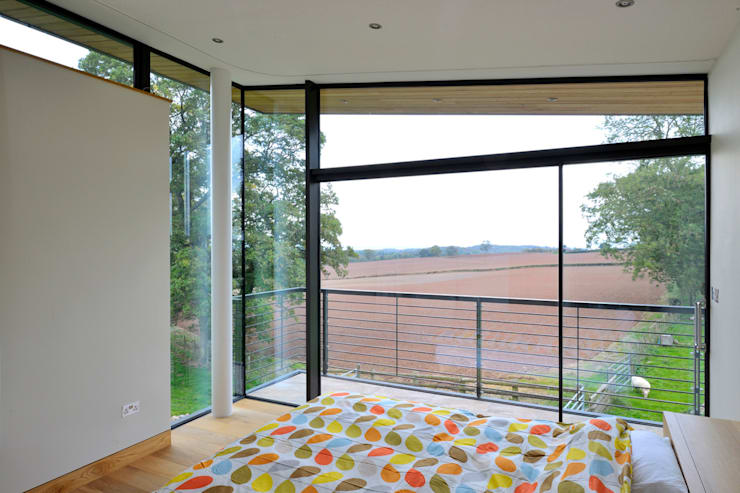Carreg a Gwydr:  Bedroom by Hall + Bednarczyk Architects