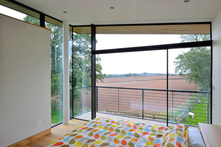 Quartos  por Hall + Bednarczyk Architects