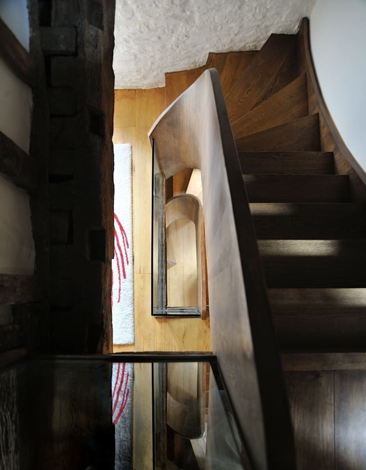 Coldbrook Farm, Monmouthshire Country style corridor, hallway& stairs by Hall + Bednarczyk Architects Country