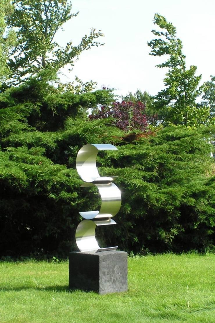 Balanceren: modern  door Daan Parmentier, Modern