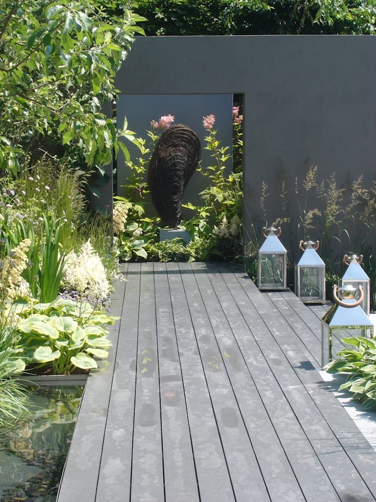 Moule  :  Garden by Rupert Till