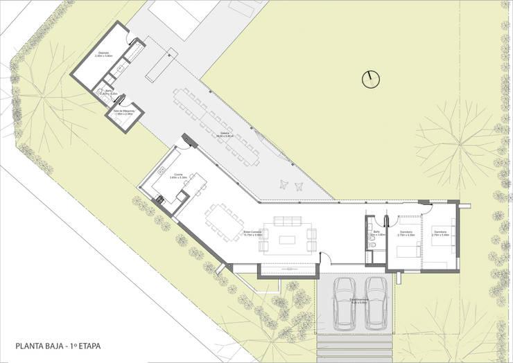 Planta Baja - Etapa 1:  de estilo  por BIAGIONI / PECORARI Arquitectos