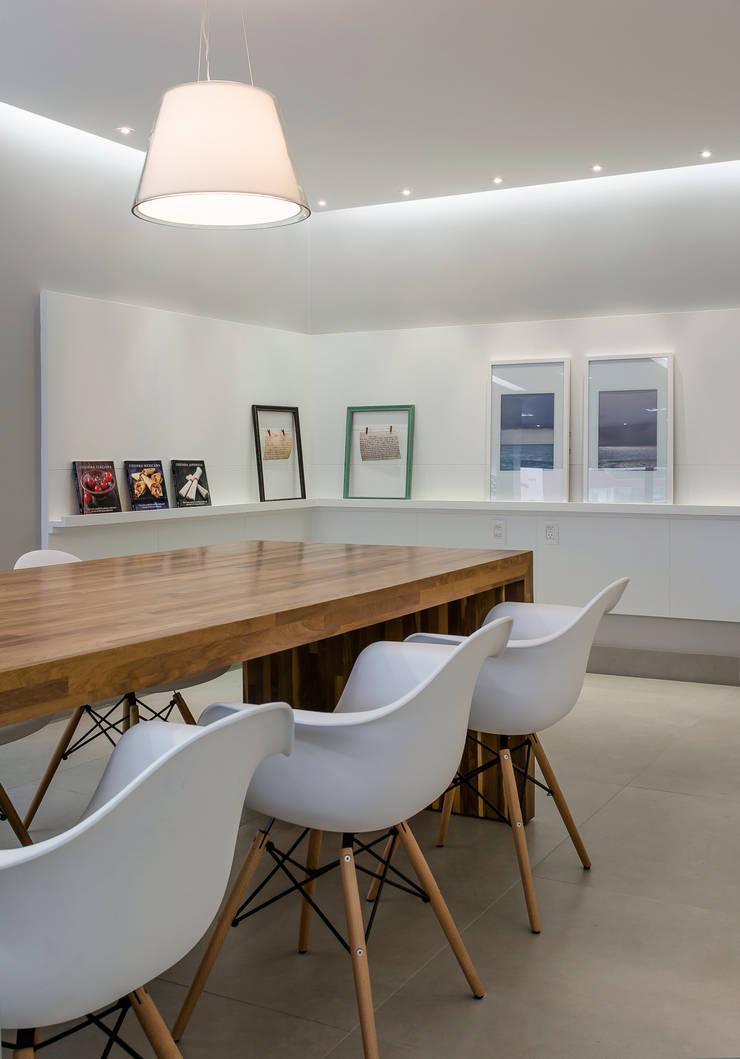 Reforma de Cozinha: Cozinhas  por Kathia Gonzalez,Moderno