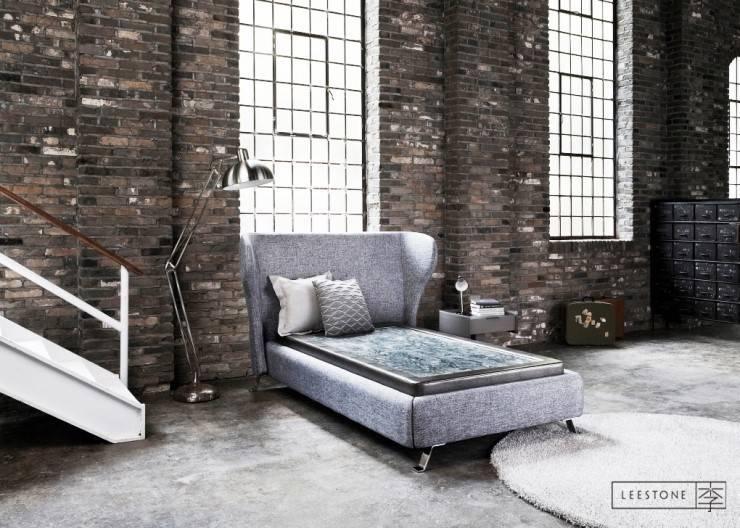 리스톤 봉화연옥 스톤 매트리스 & 빈센트 슈퍼싱글 침대: 리스톤의  침실