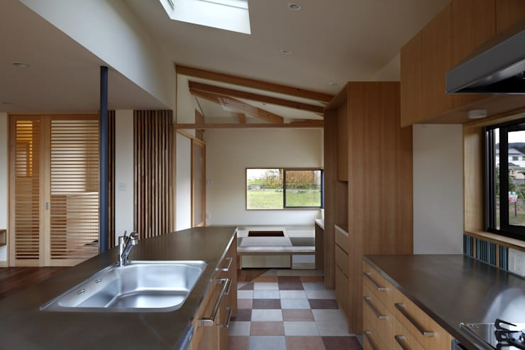 安中榛名の家: TAMAI ATELIERが手掛けたキッチンです。