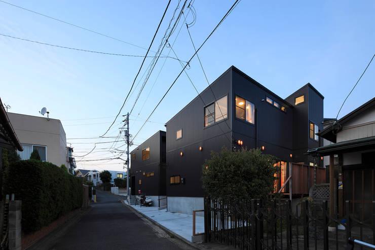 大倉山プロジェクト 外観: 腰越耕太建築設計事務所が手掛けた家です。