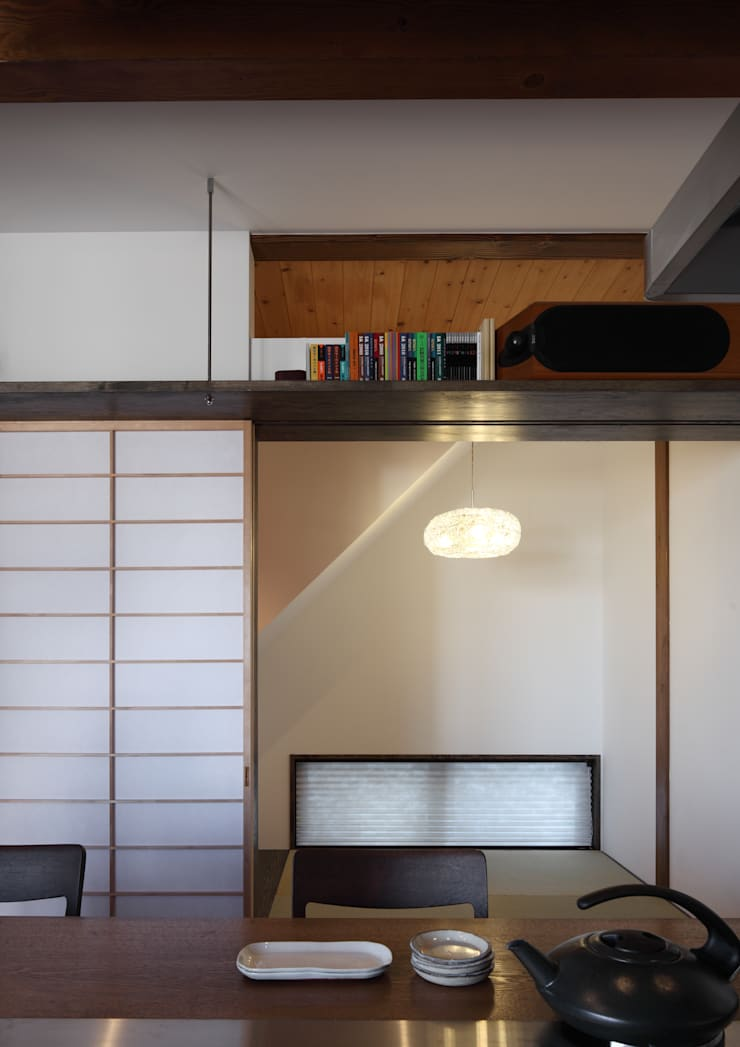 Media room by TAMAI ATELIER, Modern
