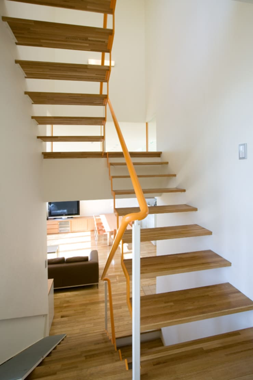 南町田2: 田代計画設計工房が手掛けた廊下 & 玄関です。