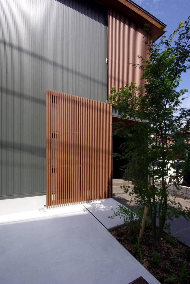 木町の家: アトリエ イデ 一級建築士事務所が手掛けた家です。