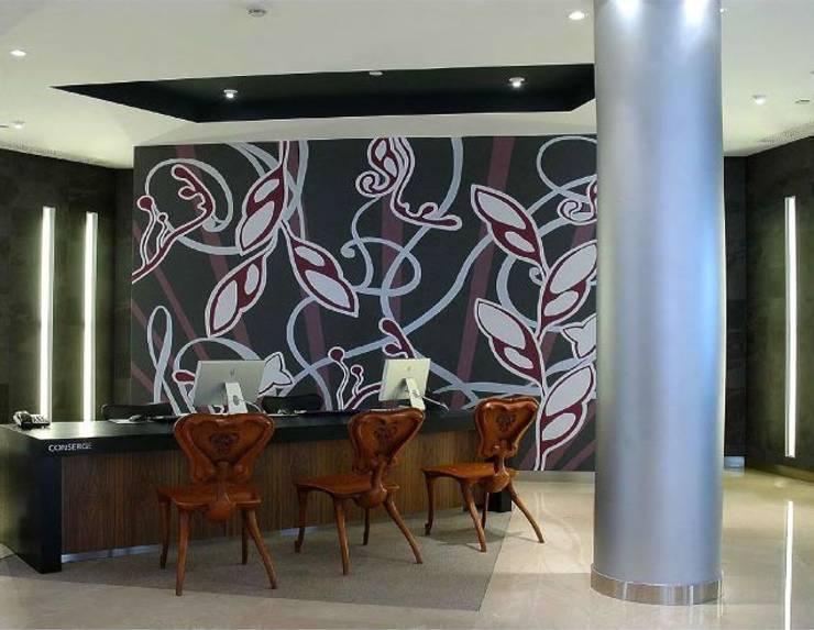Decoración de recepción en el hotel Meridien.: Hoteles de estilo  de Murales Divinos, Moderno