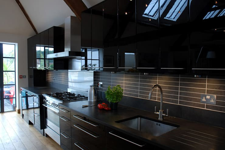 The Wine Warehouse, Chepstow: modern Kitchen by Hall + Bednarczyk Architects