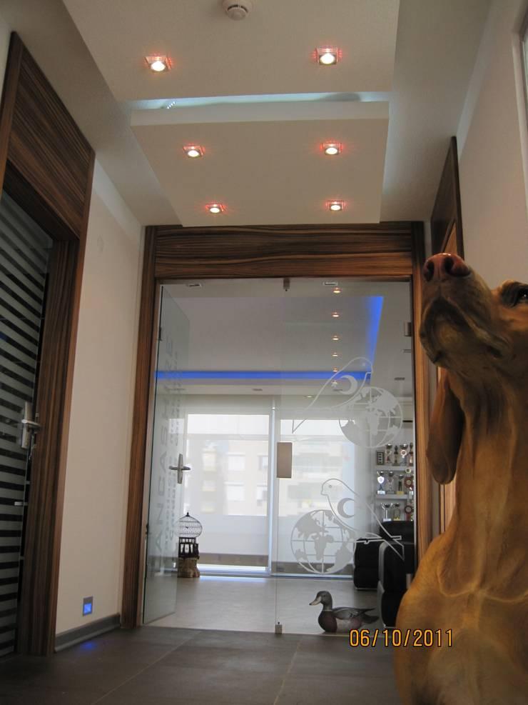 Sinem Oktay – CONSTRUCTION FIRM OFFICE:  tarz Çalışma Odası, Modern