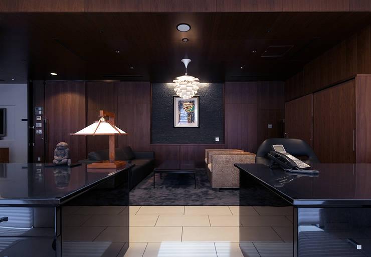 特別養護老人ホームいい穂会: ISDアーキテクト/一級建築士事務所が手掛けた医療機関です。,モダン