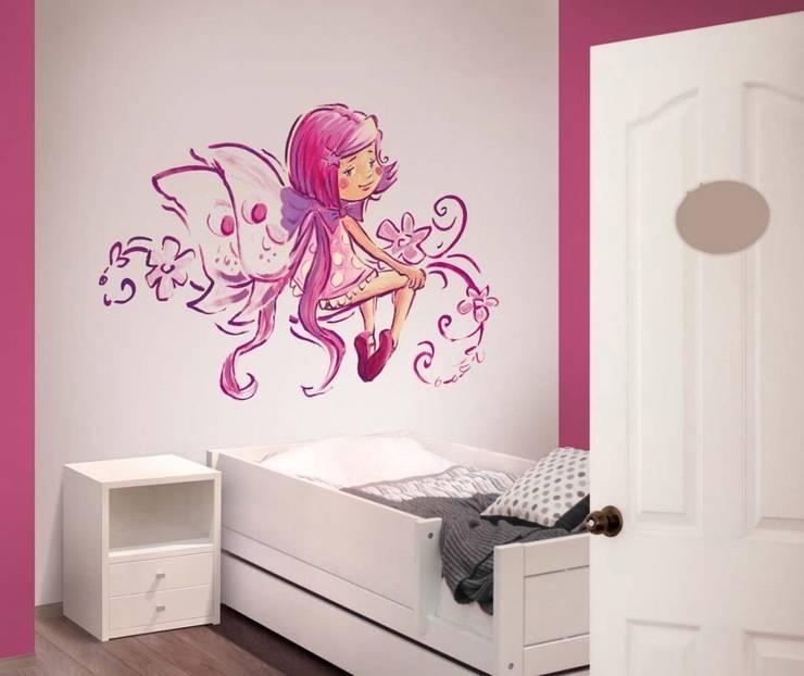 Hada lila Dormitorios infantiles de estilo moderno de Murales Divinos Moderno