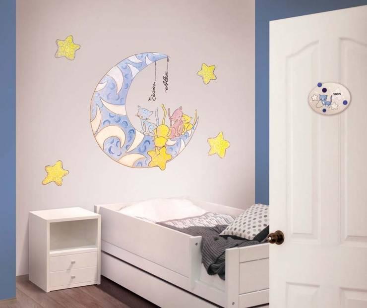 Gatos en la luna Dormitorios infantiles de estilo moderno de Murales Divinos Moderno