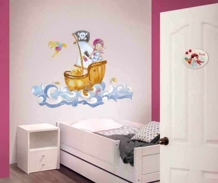 Barco pirata Dormitorios infantiles de estilo moderno de Murales Divinos Moderno