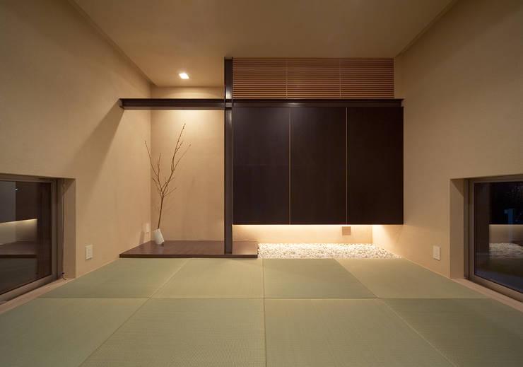 和室: ISDアーキテクト/一級建築士事務所が手掛けた和室です。