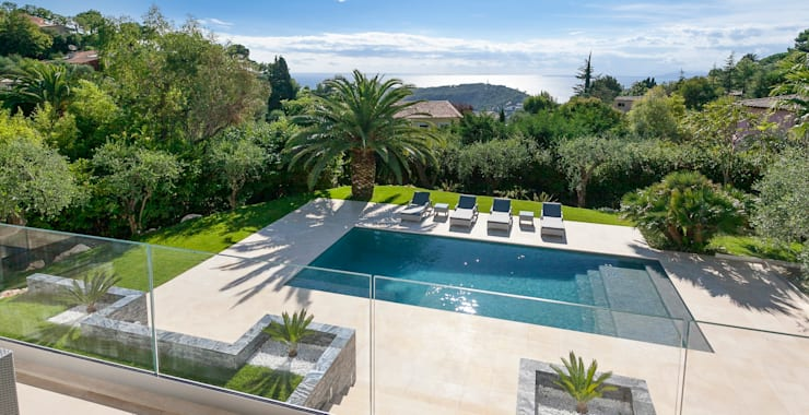 Villa South of France Exterior:  Pool by Urban Cape Interiors