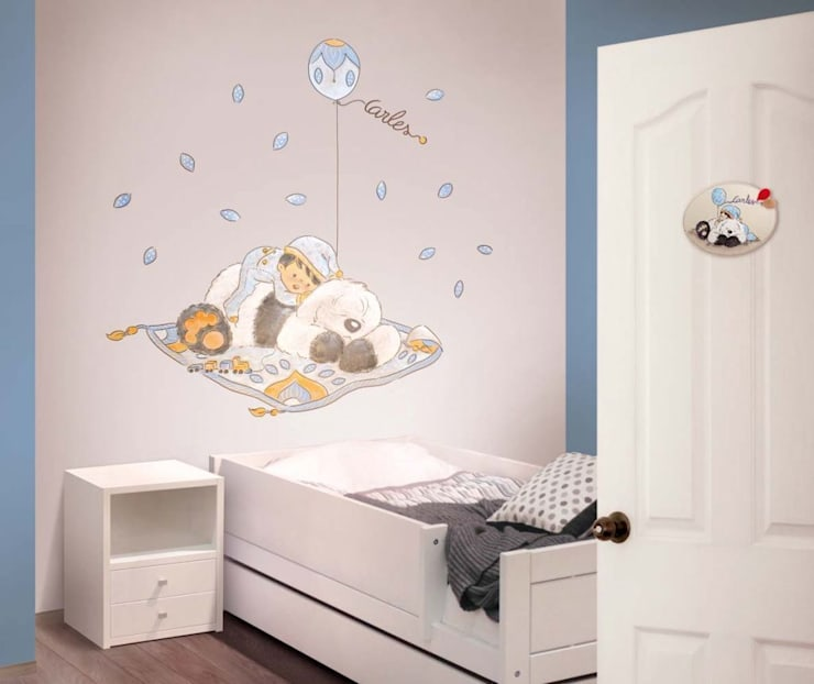 Bebé y perro con globo Dormitorios infantiles de estilo moderno de Murales Divinos Moderno
