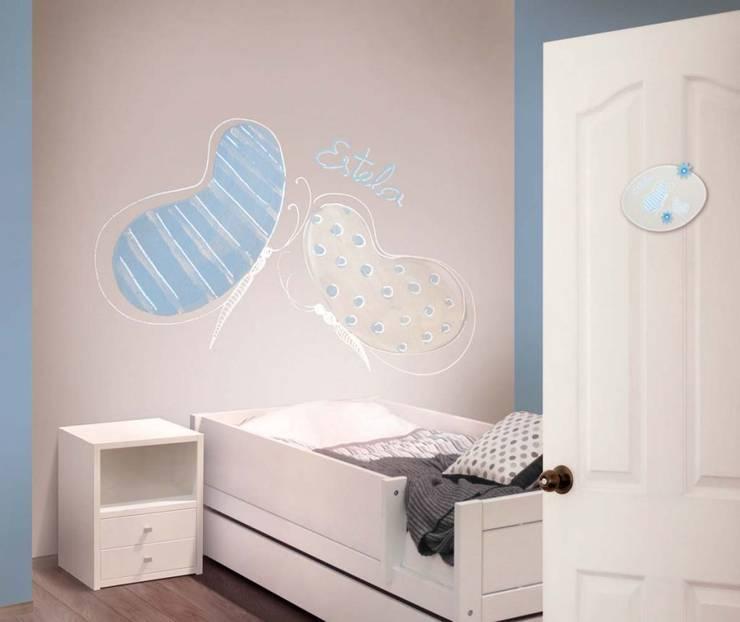 Mariposas gigantes Dormitorios infantiles de estilo moderno de Murales Divinos Moderno