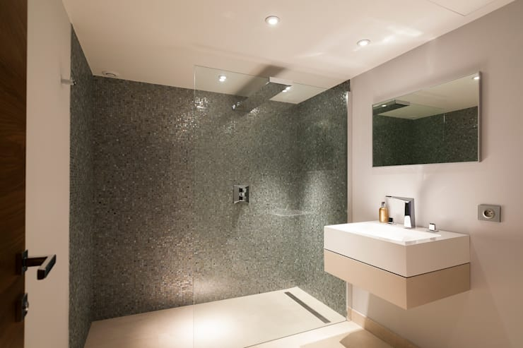 South of France: modern Bathroom by Urban Cape Interiors