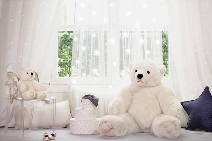 Ours polaires: Chambre d'enfants de style  par Avril et Jim