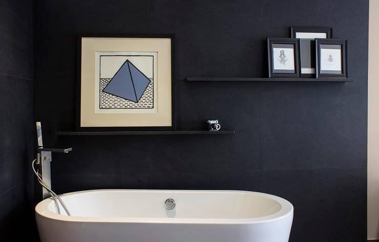 Bathroom by Concepto Taller de Arquitectura