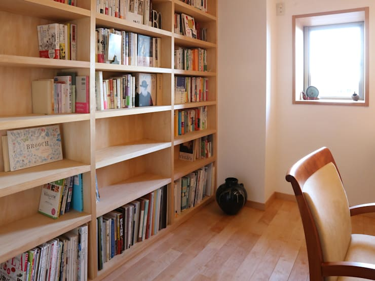 ห้องทำงาน/อ่านหนังสือ by 鈴木隆之建築設計事務所