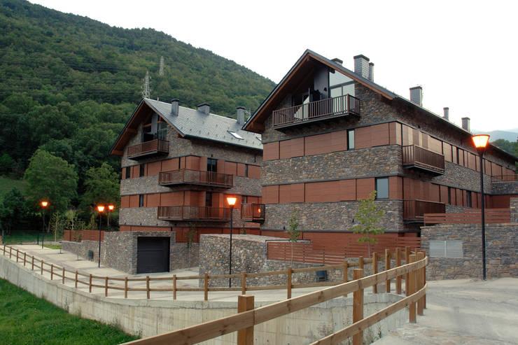 Varios: Casas de estilo rural de living spaces arquitectura