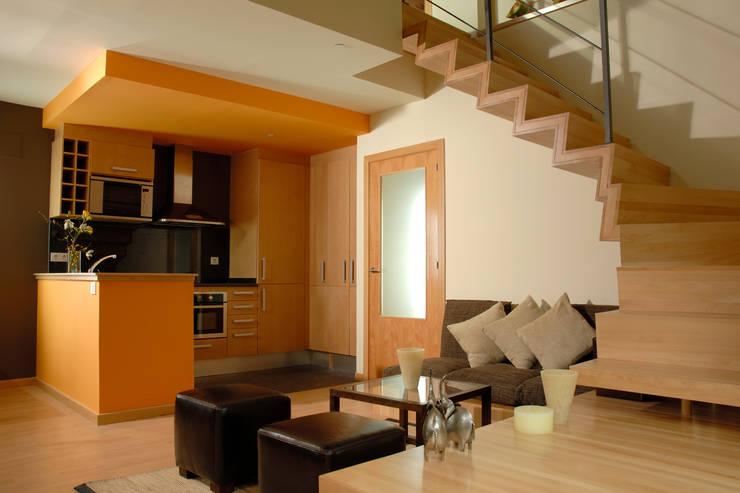 Varios: Salones de estilo moderno de living spaces arquitectura