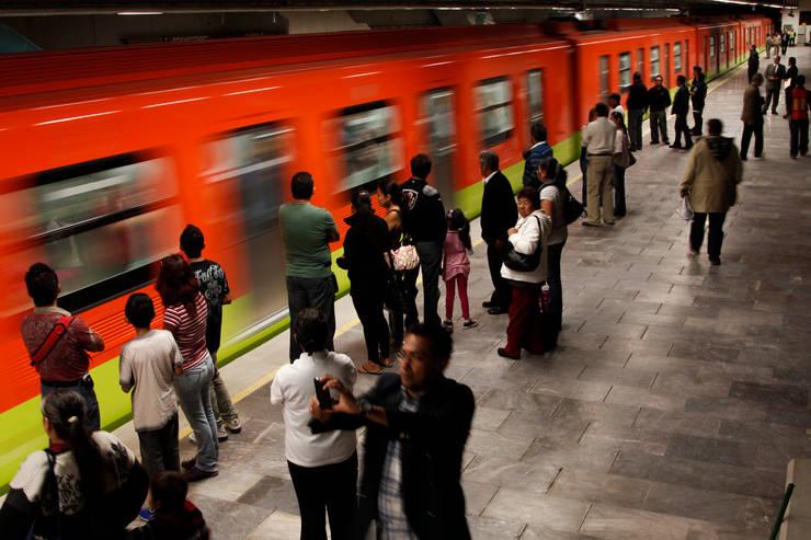 Linea 12 del Metro, Ciudad de México: Aeropuertos de estilo  por Marmoles ARCA