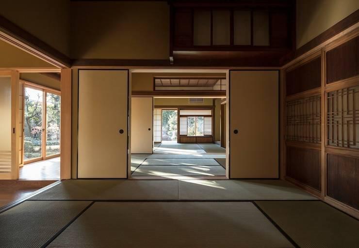次世代へ引き継ぐ家: 松井建築研究所が手掛けた和室です。