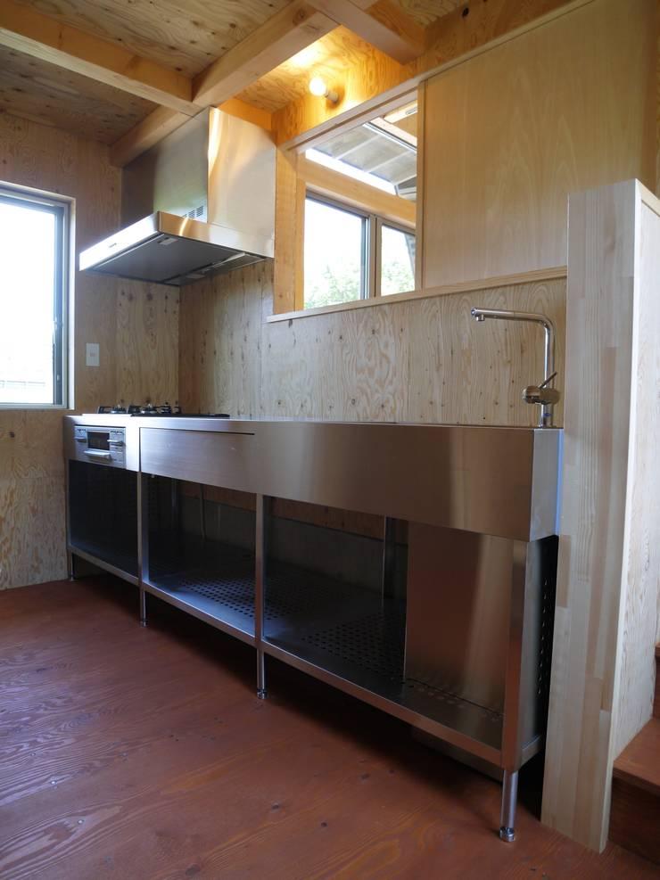 キッチン: 渡邉 清/スタイルウェッジ一級建築士事務所が手掛けたキッチンです。