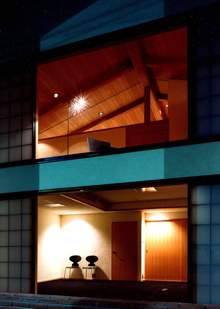 伽留羅-世田谷の事務所併用住宅-: 松井建築研究所が手掛けた家です。,