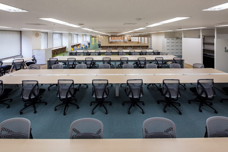 ห้องทำงาน/อ่านหนังสือ โดย 一級建築士事務所シンクスタジオ, โมเดิร์น