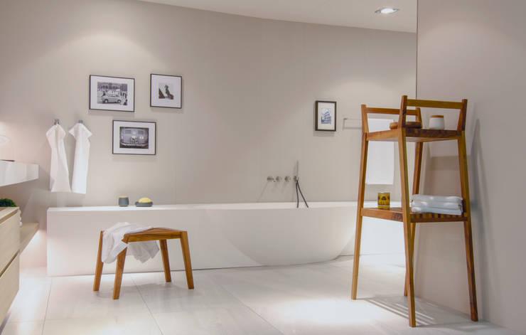 Projekty,  Łazienka zaprojektowane przez Pibiri & Reich GmbH