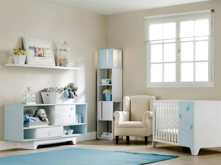 Dormitorios infantiles  de estilo  por Basoa Decoración