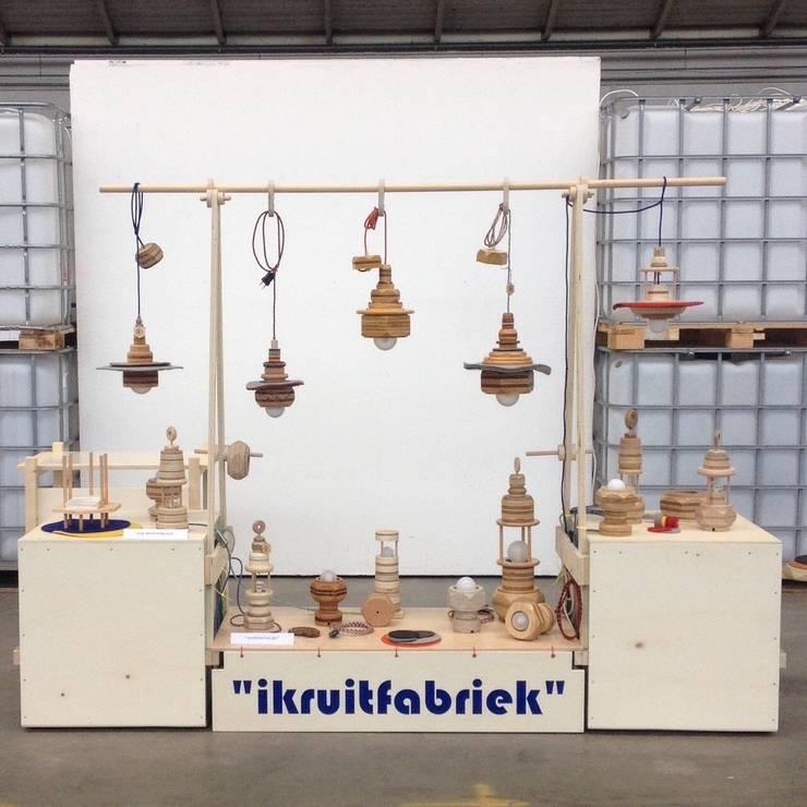 Overzicht lampen:   door Ingrid Kruit