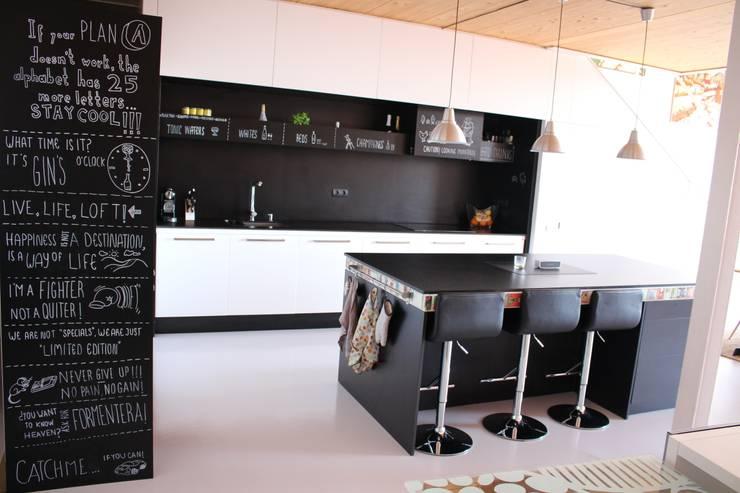 Cozinhas industriais por SMMARQUITECTURA