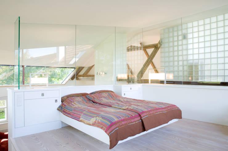 Slaapkamer door gaupenraub+/-