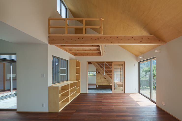 I-HOUSE: 建築デザイン工房kocochi空間が手掛けたリビングです。,オリジナル